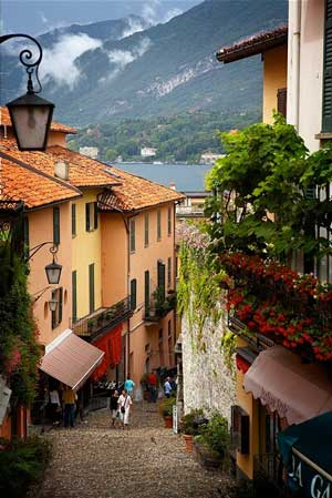 Strolling in Bellagio